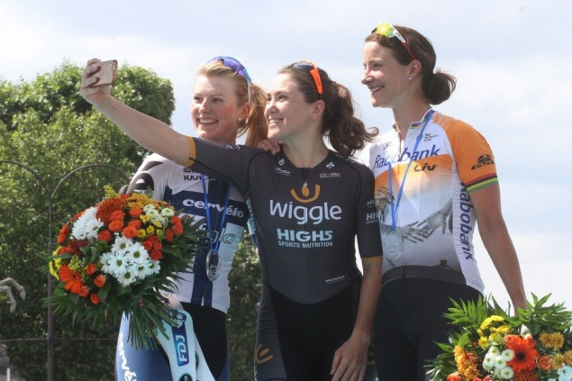 Chloe tops the podium at the 2016 edition of La Course by Le Tour de France (C) Bart Hazen